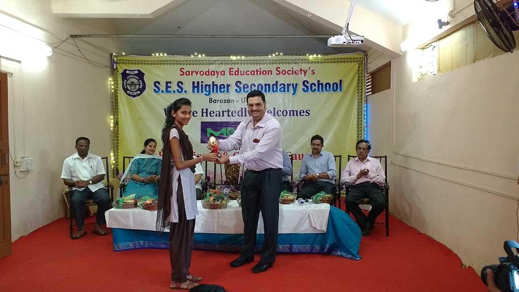 Prize Distribution By Mr. Shashishekhar Phirke Director, Merck